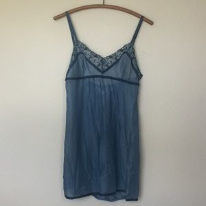 VICTORIA'S SECRET Sheer Blue Slip Lace & Ribbon L